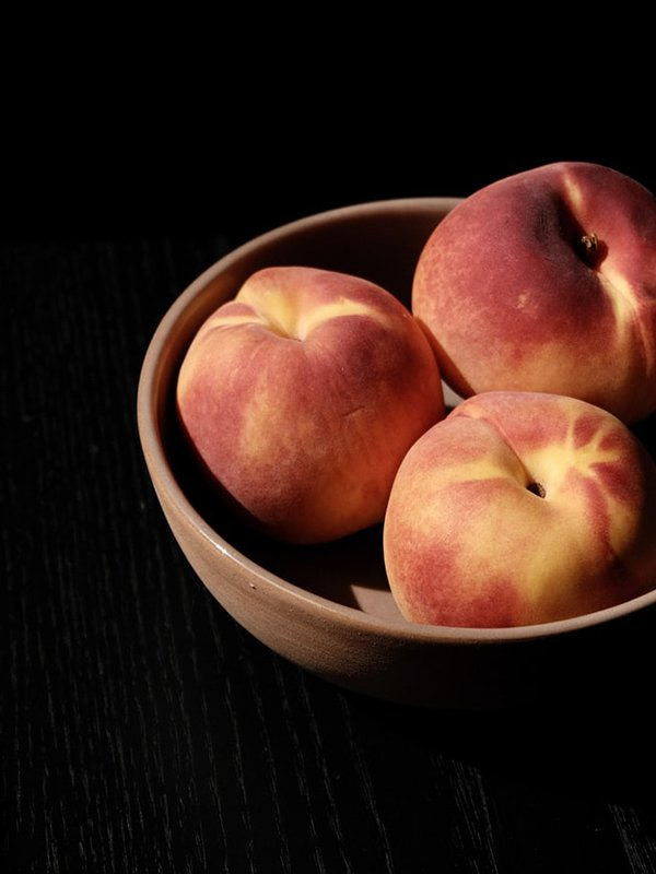Lapin Nain Fruit peach pêche