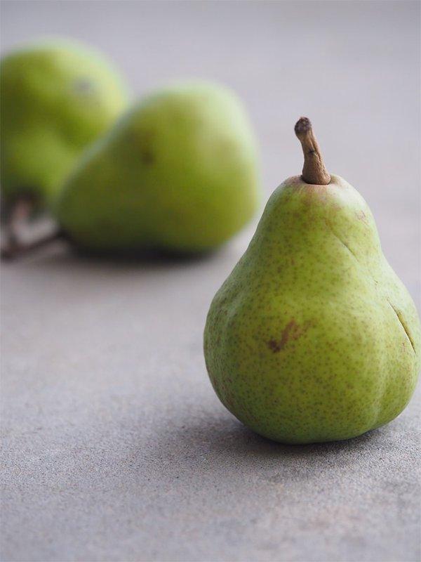 Lapin Nain Fruit Poire pear